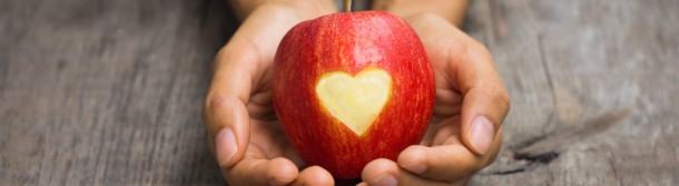 bigstock-Red-Apple-With-Engraved-Heart-49835729 MEDIUM